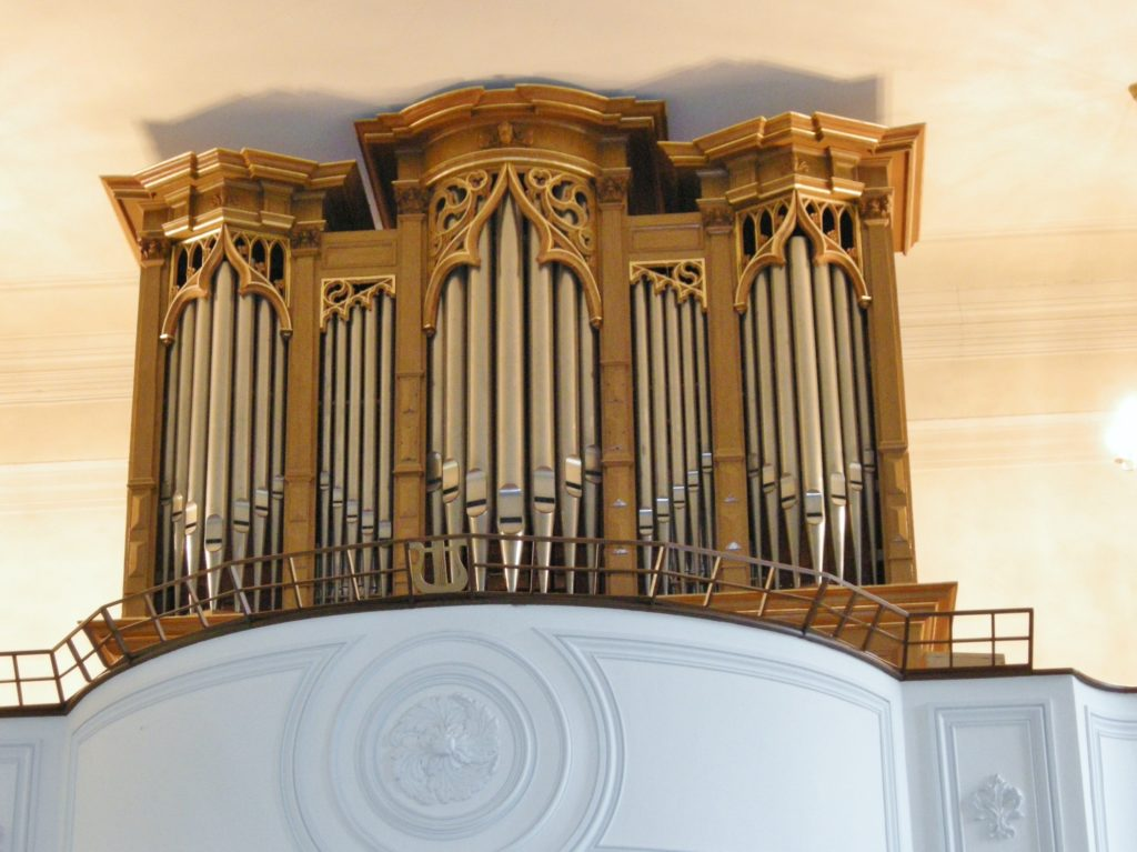 photo de l'orgue de Courchapoix
